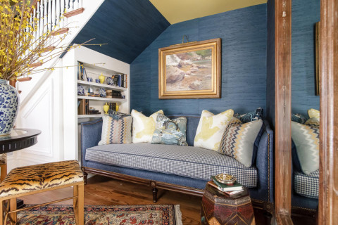 reading nook, sofa, wallpaper, bookshelves, grasscloth, art, design