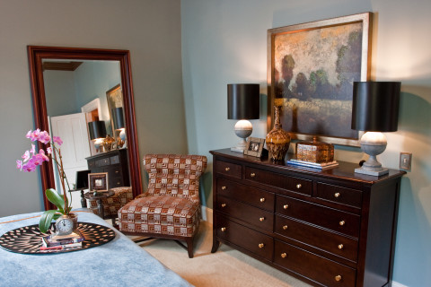 Bedroom interior design and decorations, for interior design in Nashville contact Eric Ross Interiors, Eric is one of the best interior designers in Nashville, TN.