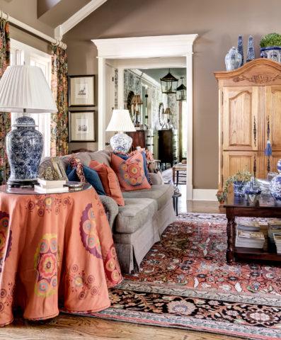 Interior design in Nashville, TN, living room by Eric Ross, interior designers.