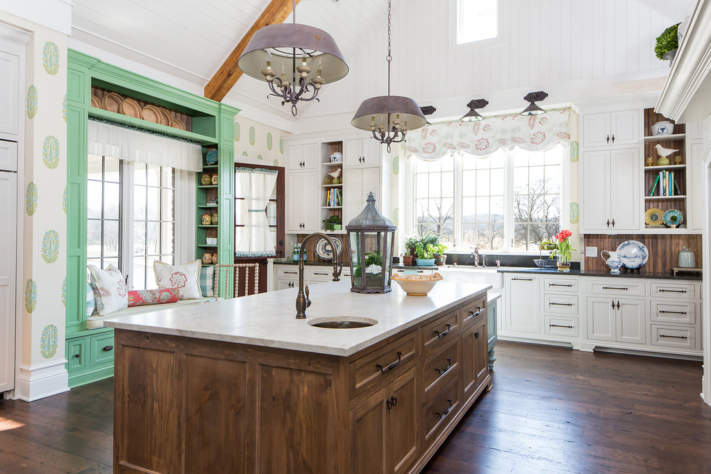 Kitchen Island and overall, Eric Ross of Nashville interior design firm Eric Ross Interiors designs beautiful rooms.